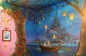 WOW! You have to see this Tangled inspired bedroom mural