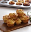 Honey, goat cheese and walnut mini-muffins