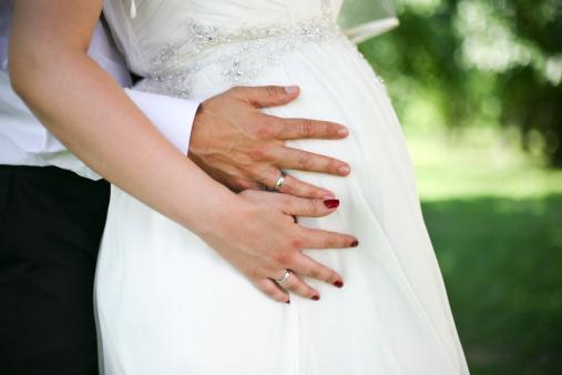Сон беременная девушка в свадебном платье