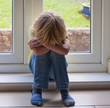 What causes shyness in kids?