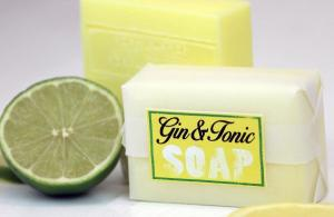 Stop everything! You can now buy GIN AND TONIC beauty products