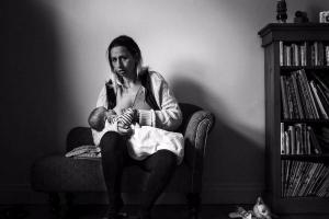 Tired eyes, no make-up, milk leaks: What breastfeeding really looks like