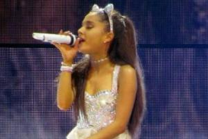 You are not responsible: Dad reaches out to broken Ariana Grande