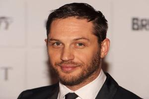 Tom Hardy helps to raise THOUSANDS for victims of Manchester Arena atrocity