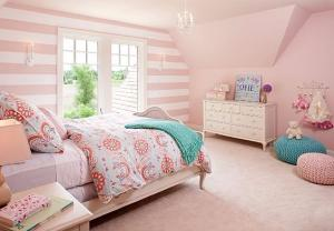 Decor dreaming: 10 gorgeous feature wall ideas for a little girls bedrooms