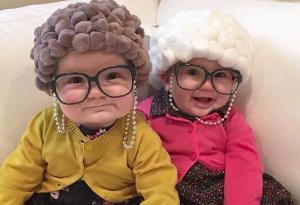 We are totally crushing on Halloween costumes for tiny babies this week