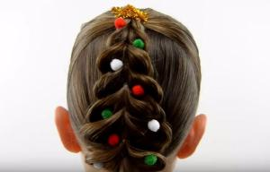 This Christmas tree braid is festive, easy and oh-so-sweet