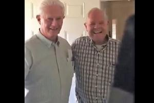 Prepare to ugly cry: grandfather reuniting with best friend after 61 years is too cute