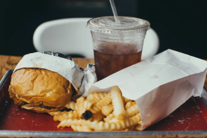 Loud music may be to blame for why you order unhealthy food, study says
