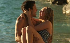 Amanda Seyfried reunites with her ex boyfriend and her husband isnt happy