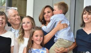 Jennifer Garner is a squishy mom, according to her kids
