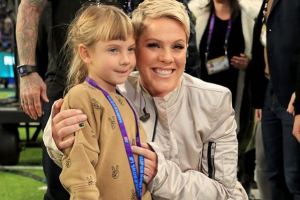 Coolest mum ever: Pink takes daughter on adventurous outing